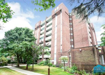 Norman Court, Nether Street, Finchley, London N3. 2 bed flat