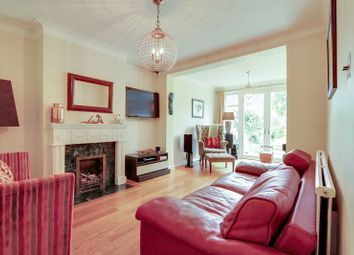 4 bed property to rent in Amberley Gardens, Ewell, Epsom KT19