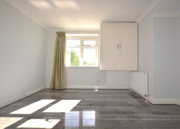 Thumbnail Room to rent in Ladywood Road, Tolworth, Surbiton