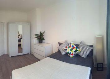 Thumbnail 1 bed flat to rent in Pardoner Street, London