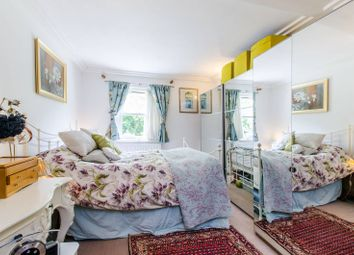 Thumbnail 2 bed flat for sale in Finchley Road, Hampstead