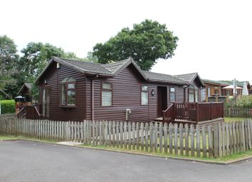 2 bed mobile/park home for sale in The Thatches, Modbury, Ivybridge PL21