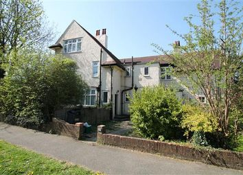Thumbnail 2 bed flat to rent in Selcroft Road, Purley