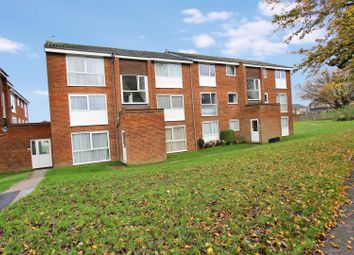 Thumbnail 1 bed flat to rent in Roydon Court, Hemel Hempstead