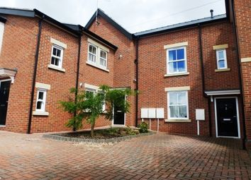 Thumbnail 4 bed town house to rent in Selwyn Street, Derby