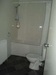 Thumbnail 1 bedroom flat to rent in Broomland Street - Paisley, Paisley