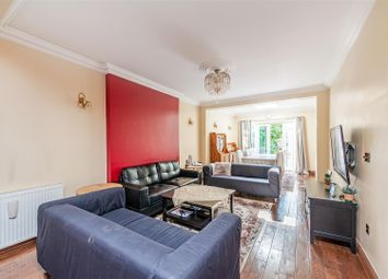 5 bed property to rent in Vyner Road, London W3