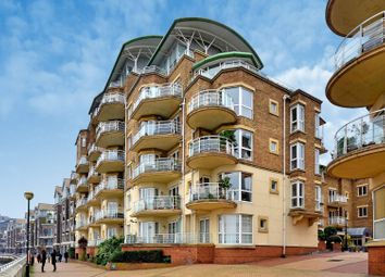 Thumbnail 2 bed flat to rent in Chatfield Road, Battersea