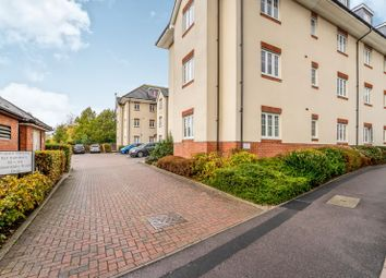 Thumbnail 2 bed flat to rent in Baxendale Road, Chichester