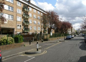 Thumbnail 2 bed flat to rent in Londesborough Road, Stoke Newington