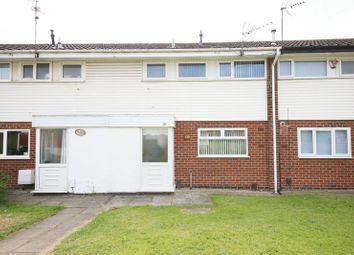 Thumbnail 3 bed property to rent in Thorn Road, Runcorn