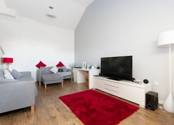 Thumbnail 2 bedroom flat to rent in Woolwhich Manor Way, King George V