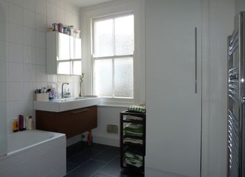 Thumbnail 3 bed flat to rent in Kinsale Road, East Dulwich