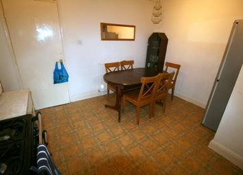 Thumbnail 4 bed terraced house to rent in New North Road, Islington, London