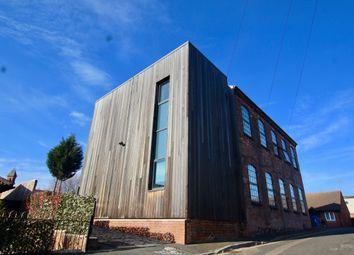 2 bed flat to rent in Bullivant Street, Nottingham NG3