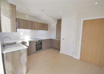 Thumbnail 3 bed terraced house to rent in Cross Road, Purley