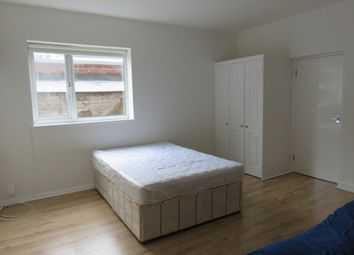 Thumbnail Studio to rent in Princes Avenue, Muswell Hill, London