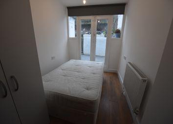 Thumbnail Studio to rent in Eardley Crescent, Earl's Court