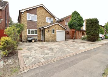 Rushbottom Lane, Benfleet SS7. 4 bed semi-detached house