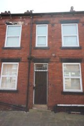 Thumbnail 1 bedroom flat to rent in Harlech Street, Leeds, West Yorkshire