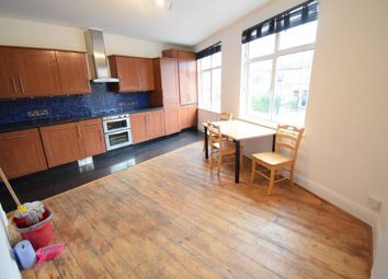 3 bed maisonette to rent in Durnsford Road, Southfields, South West London SW19