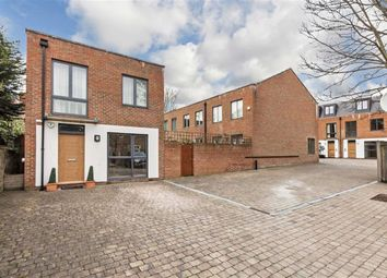 Thumbnail 3 bed detached house to rent in Hutton Mews, London