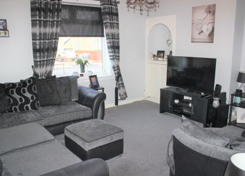 Thumbnail 2 bedroom flat for sale in Monklands Ave, Kirkintilloch, Glasgow