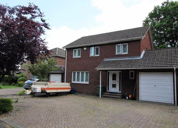 Thumbnail 4 bed detached house for sale in Reeves Way, Wokingham