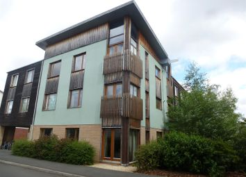 Thumbnail 2 bed flat to rent in Cowleaze, Chippenham