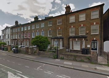 Thumbnail 5 bed terraced house to rent in Courthill Road, Lewisham