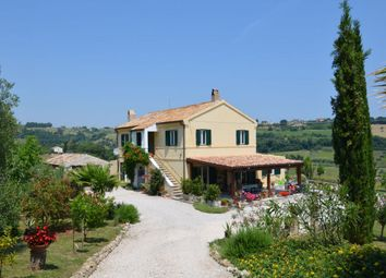 Thumbnail 5 bed country house for sale in Massignano, Ascoli Piceno, Marche, Italy
