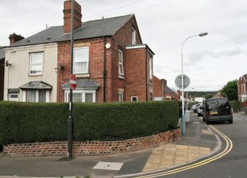 Thumbnail 3 bed town house for sale in Albion Road, Chesterfield