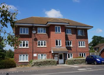 Thumbnail 1 bed flat for sale in Lansdown Close, Walton-On-Thames