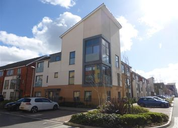 Thumbnail 1 bed flat for sale in Drake Way, Reading