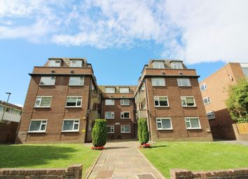Thumbnail 2 bed flat to rent in Moss Hall Grove, West Finchley