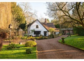 Thumbnail 3 bed detached house for sale in Barford Hill, Warwick