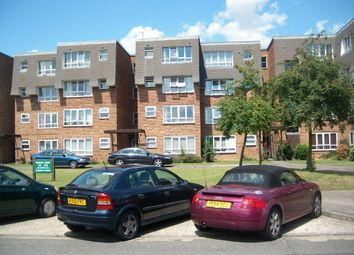 Thumbnail 1 bed property to rent in Stourton Avenue, Hanworth, Feltham