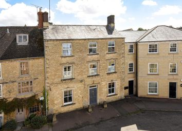 Thumbnail Town house for sale in West Street, Chipping Norton