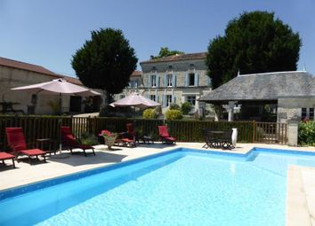 Thumbnail 12 bed property for sale in Saint Jean D'angely, Poitou-Charentes, France