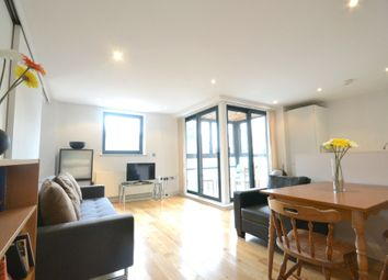 Thumbnail 2 bed flat to rent in Long Lane, London