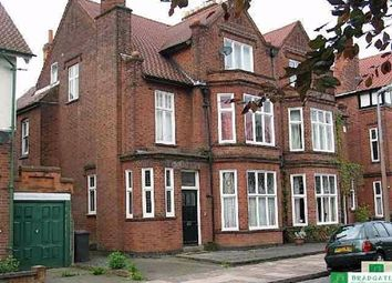 1 bed flat to rent in Woodland Avenue, Stoneygate, Leicester LE2