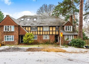 2 bed maisonette for sale in Woking, Surrey GU22
