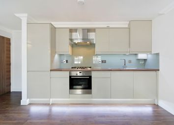Thumbnail 2 bed flat to rent in New Road, Whitechapel, London