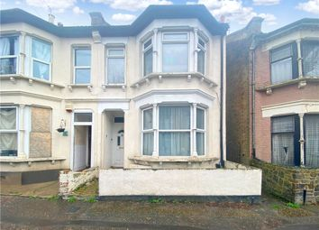 Thumbnail 1 bed flat for sale in Wesley Road, Southend-On-Sea, Essex