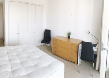 Thumbnail Room to rent in Westferry Circus, Canary Wharf, London