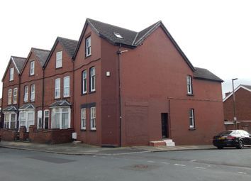 Thumbnail 1 bed flat to rent in Low Road, Doncaster