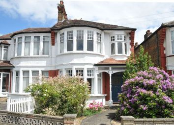 Thumbnail 2 bed flat to rent in Palmers Green, London