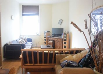 Thumbnail 4 bed flat to rent in Lavender Hill, London
