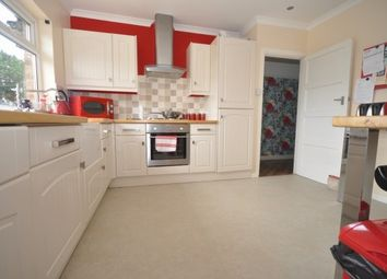 Thumbnail 4 bed bungalow to rent in Cooling Street, Rochester