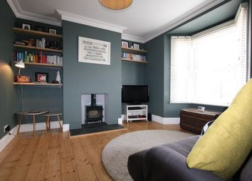 Thumbnail 1 bed flat to rent in Adler Street, Tower Hamlets, London